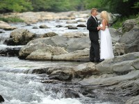 thousand of couples get married in the smokies every year